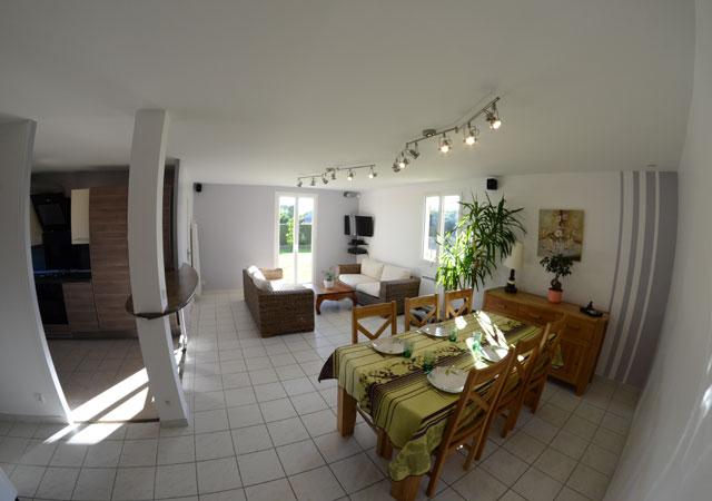 Peinture et bandes de couleurs dans une cuisine s jour et salon laetitia p - Couleur peinture sejour ...